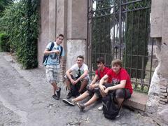 rom-2011-098